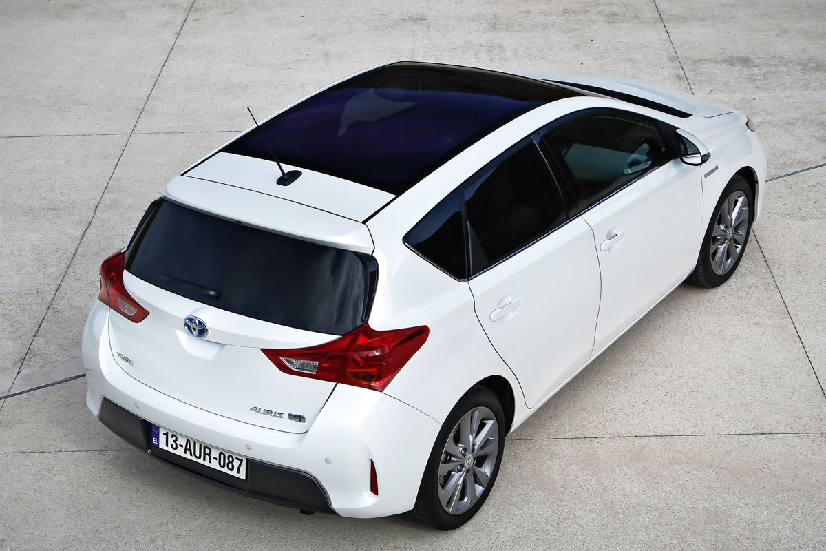 toyota auris hybrid kyotolease. Black Bedroom Furniture Sets. Home Design Ideas